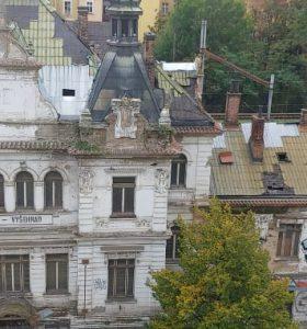 Stav nádraží Vyšehrad se zhoršuje (fotografie)