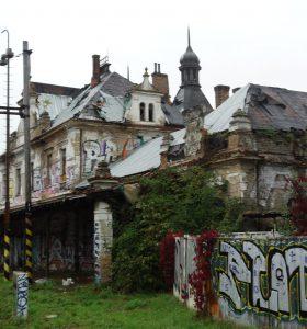 Památkoví odborníci doporučují vyvlastnit nádraží Vyšehrad